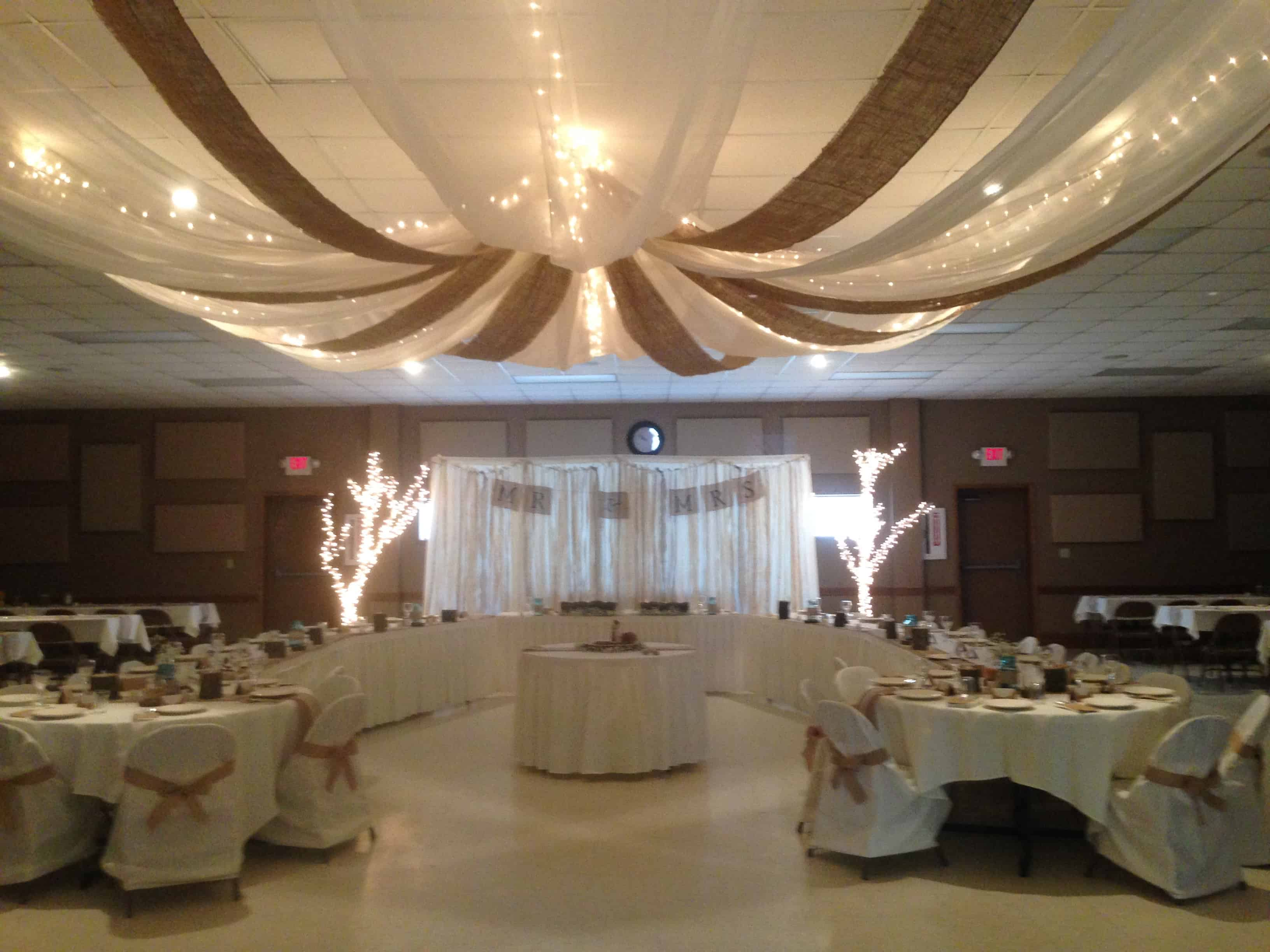 Burlap And Lace Wedding Reception Plowing Through Life