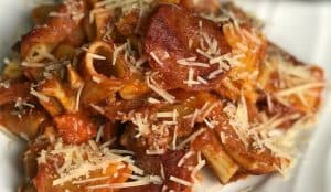 cheap and easy pizza pasta casserole