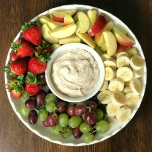 how to make a fruit tray and easy fruit dip