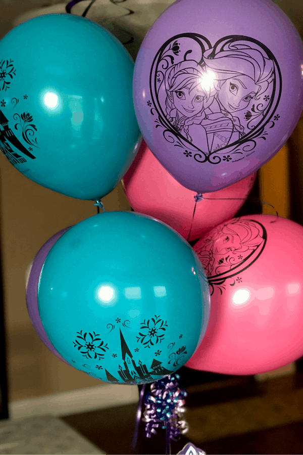 FROZEN party balloons