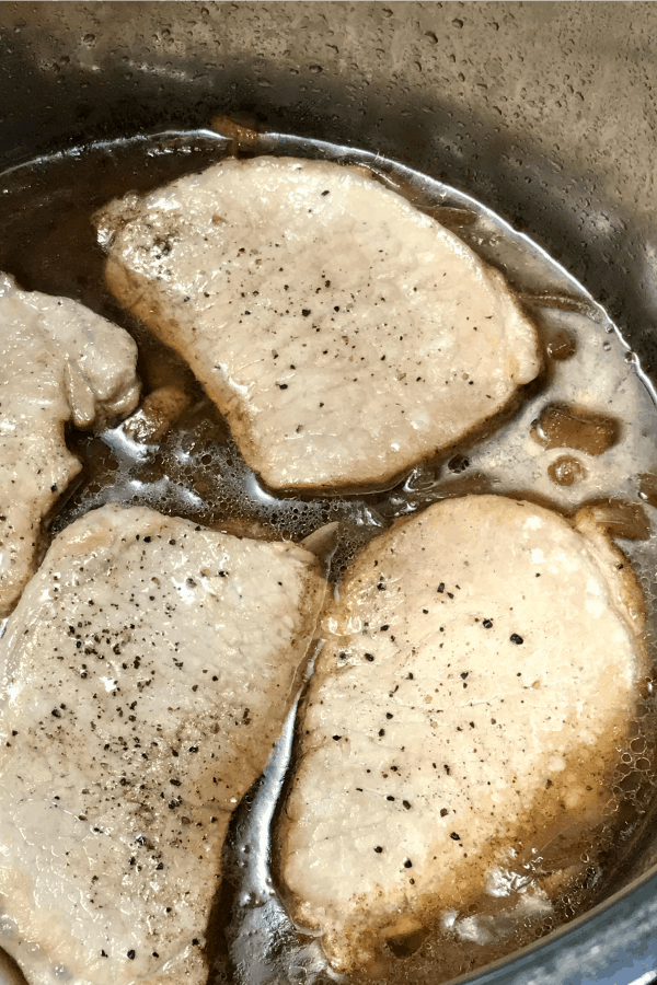 Pork chops in the instant pot or electric pressure cooker