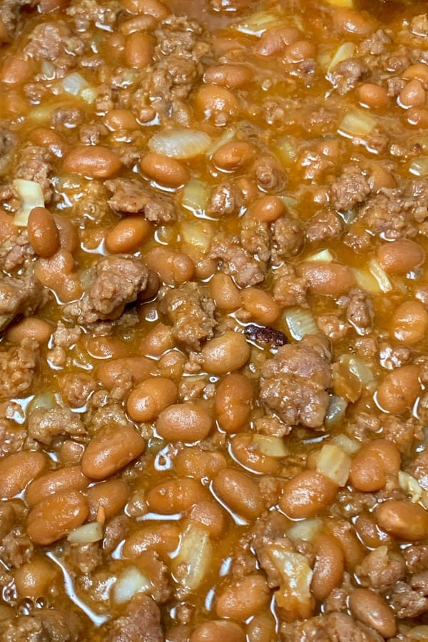close up cowboy baked beans