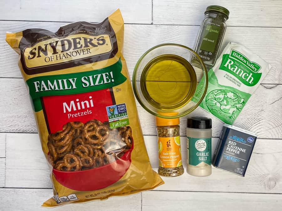 Ingredients to make spicy ranch pretzels