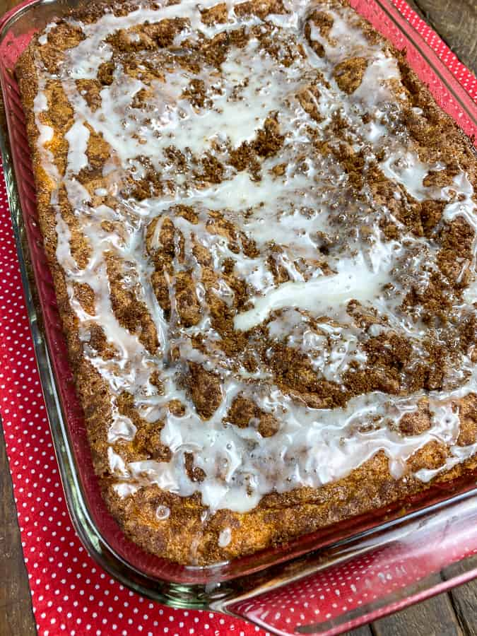 Icing on delicious Duncan Hines honey bun cake