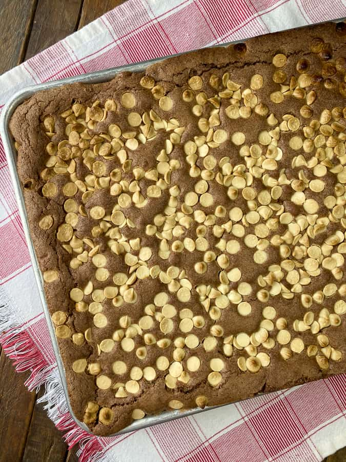 15 x 10 x 1 inch pan of the best white chocolate chip brownies