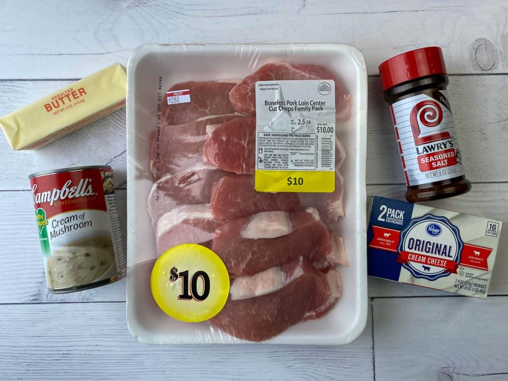 Ingredients needed to make pork chops with semi-homemade gravy