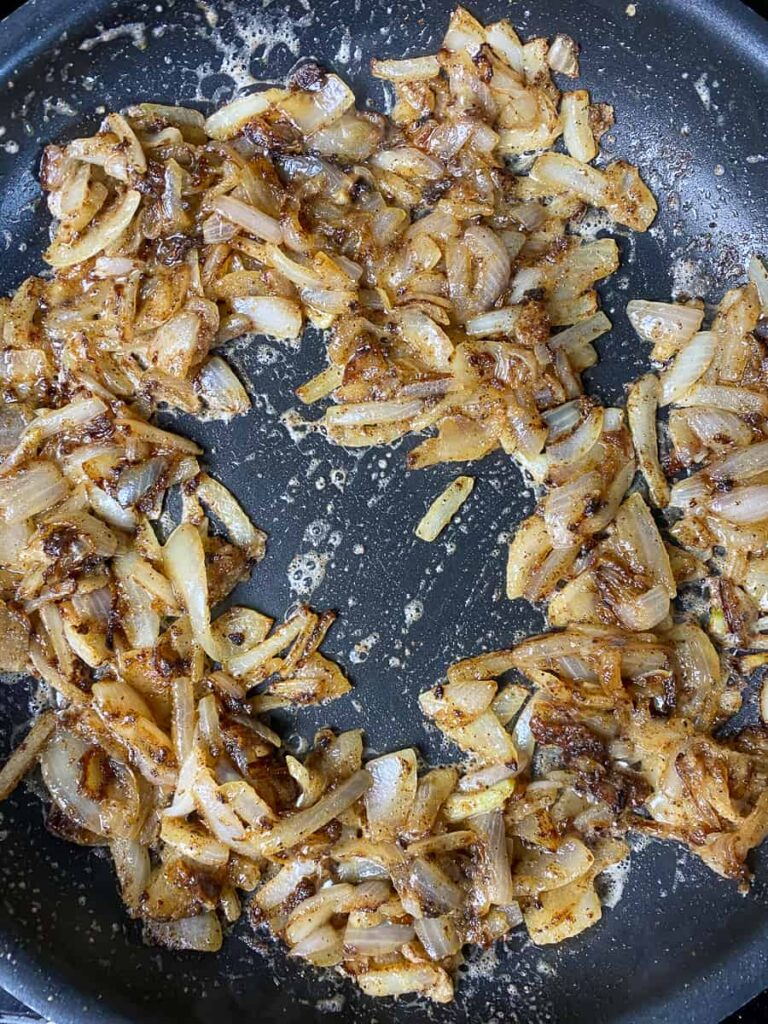 Caramelized sliced onions