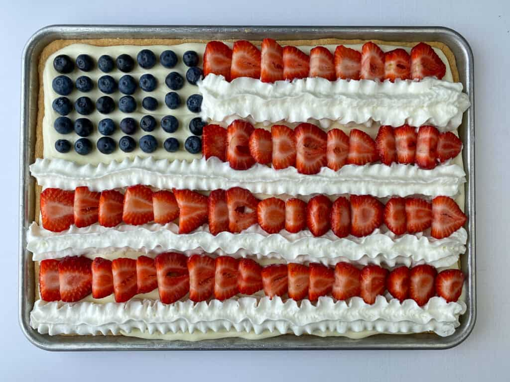 Easy 4th of July dessert is this flag decorated fruit pizza