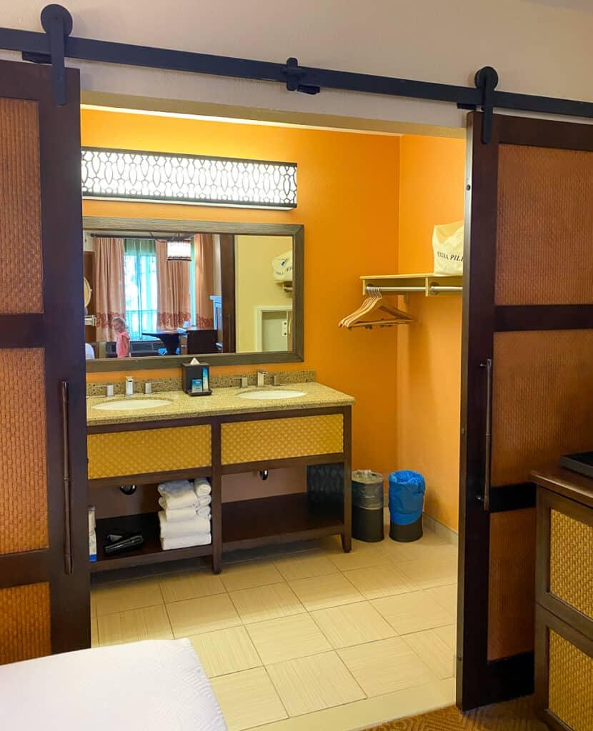 Sinks and closet area at Caribbean Beach room